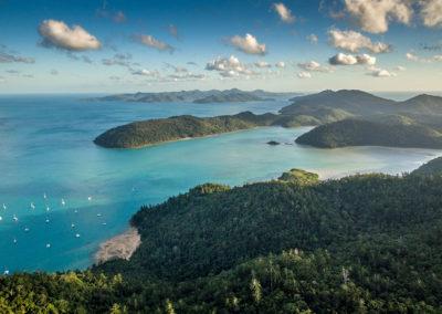 Cumberland Yacht Charters | WHITSUNDAYS